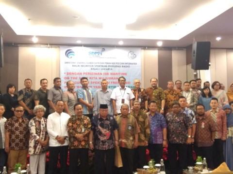 800 Nelayan Ditargetkan Memiliki Izin Siaran Radio