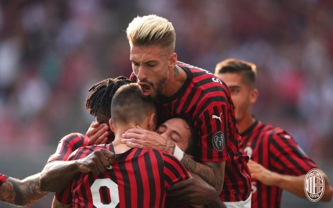 Gol Tunggal  Calhanoglu Menangkan Milan