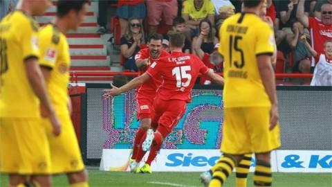 Kejutan, Dortmund Takluk dari Tim Promosi