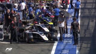 Pembalap F2 Meninggal: Hamilton kirim belasungkawa untuk