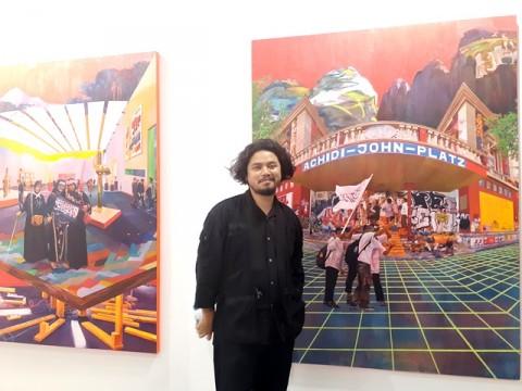Komentar Sosial oleh Zico Albaiquni Lewat Lukisan Berwarna 'Sunda'