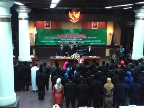 55 Anggota DPRD Provinsi DIY Dilantik