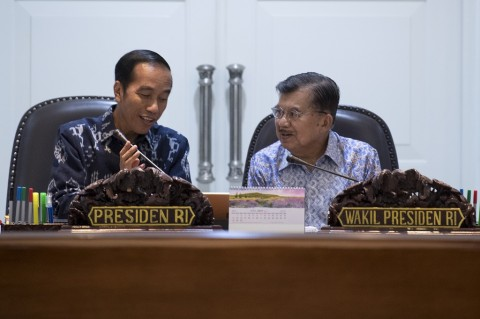 Presiden Minta Menteri Ekonomi Antisipasi Perlambatan Ekonomi