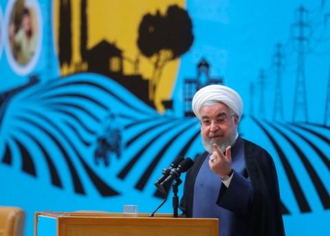 Presiden Rouhani Perintahkan Kembali Program Nuklir Iran