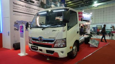 Hino Dutro Hybrid Menyelinap di IEMS 2019