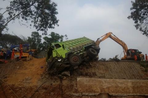 Penyewa Dump Truk Segera Diperiksa