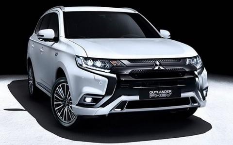 Mitsubishi Tak Mematok Jualan Outlander PHEV