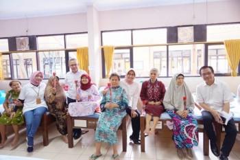 Senyum Pelanggan Indonesia Benderang, Upaya PLN Tingkatkan Pelayanan