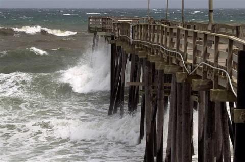Badai Dorian: Ratusan Orang Terperangkap di North Carolina