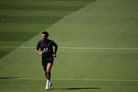 Barcelona takkan Pulangkan Neymar Januari Nanti