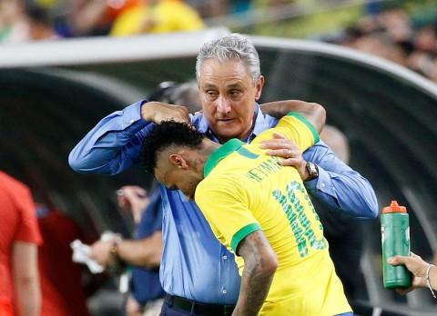 Pelatih Brasil Sebut Neymar telah Berkembang