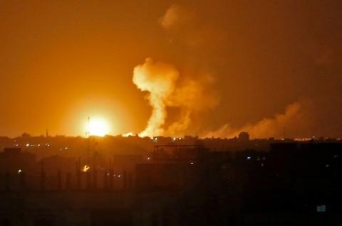 Israel Lancarkan Serangan Beruntun di Jalur Gaza