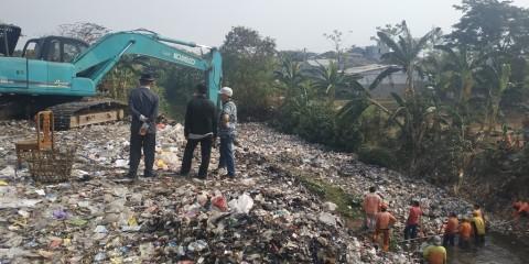 Tiap Hari 1.600 Ton Sampah Tak Terangkut ke TPA