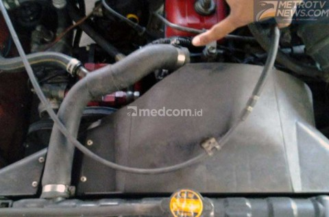 Penyebab Radiator Mobil Bocor Halus