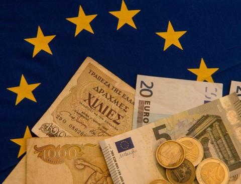 Euro Tertekan Jelang Pertemuan Bank Sentral Eropa