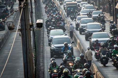 Oktober, Tilang Elektronik di Jalur TransJakarta Diberlakukan