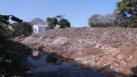 Sampah Kali Jambe Belum Diangkut ke TPA Burangkeng