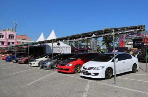 Kontes Modifikasi BlackAuto Bikin Pemanasan di Manado