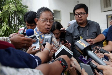 Pemerintah Kaji Penghapusan Pajak Kayu Log