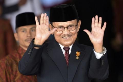 Habibie Bapak Demokrasi Indonesia bagi Golkar