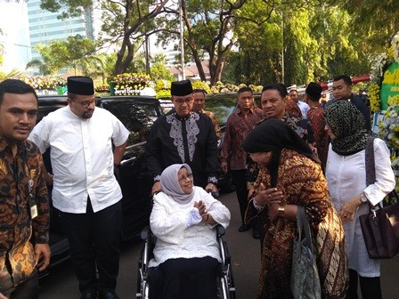 Habibie Berjasa Menyekolahkan Ribuan Anak Indonesia