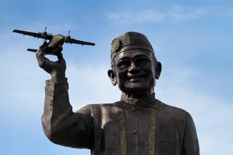 Karya Habibie Membuka Isolasi Wilayah NTT