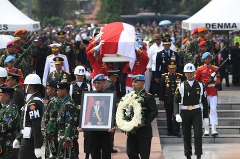 Habibie Presiden Pertama yang Dimakamkan di TMP Kalibata