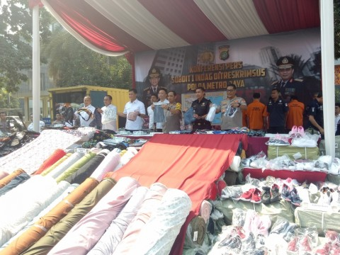 Pakaian Bekas Impor Terlarang