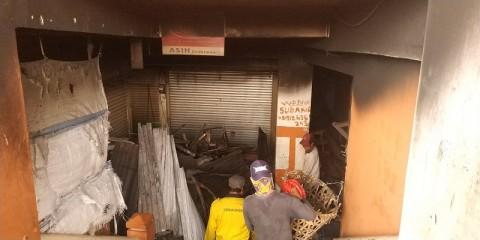 64 Kios Terbakar di Pasar Baru Bekasi