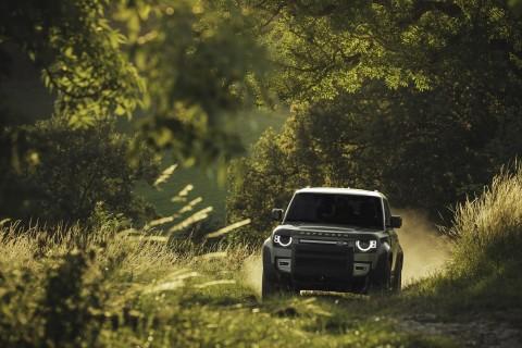 Kelahiran Generasi Terbaru Land Rover Defender