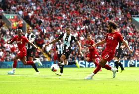 Bungkam Newcastle, Liverpool Perpanjang Rekor Kemenangan