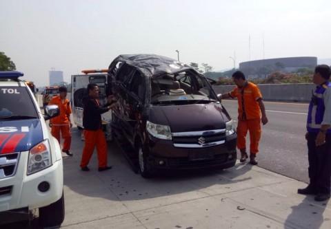 Tiga Orang Tewas dalam Kecelakaan di Tol Sentul Selatan