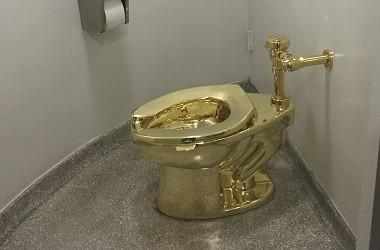 Toilet Emas Senilai Rp14 Miliar Dicuri dari Istana Blenheim
