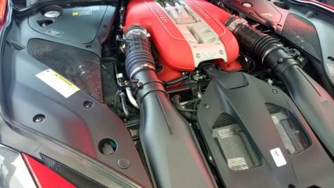 Ferrari Bakal Pertahankan Mesin V12