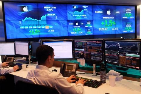 Gerak Sepekan Wall Street Ditopang ECB dan Perang Dagang