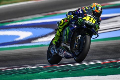 Kembali Bersitegang, Valentino Rossi Tanggapi Pernyataan Marquez