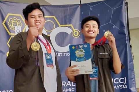 Robot Pemilah Telur Busuk Siswa Madrasah Juara di Malaysia