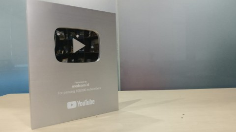 Akun YouTube Medcom.id Raih Silver Play Button