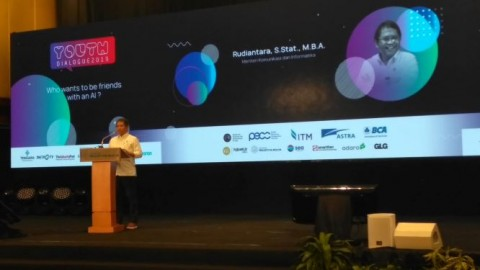 'Youth Dialogue' Ajak Anak Muda Dekat Dengan Teknologi