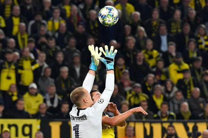 Ter Stegen Cemerlang, Dortmund vs Barcelona Imbang