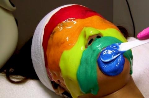 Masker Pelangi untuk Berbagai Permasalahan Kulit Wajah