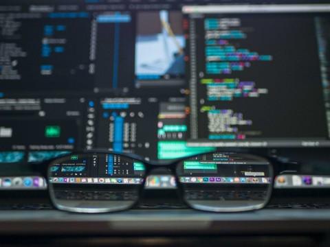 Benarkah Kacamata Terapi bisa Menyembuhkan Mata Minus?