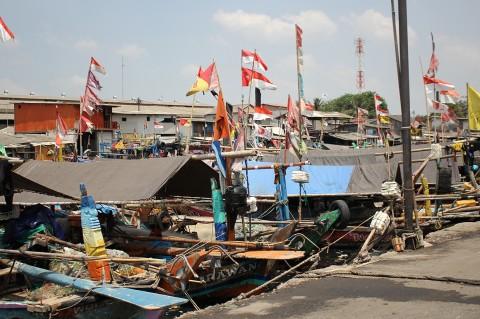 Menengok Kehidupan Warga Kampung Nelayan Cilincing