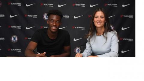 Callum Hudson-Odoi Teken Kontrak 5 Tahun di Chelsea