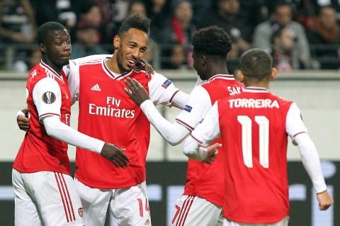 Arsenal Tekuk Eintracht Franfurt 3-0