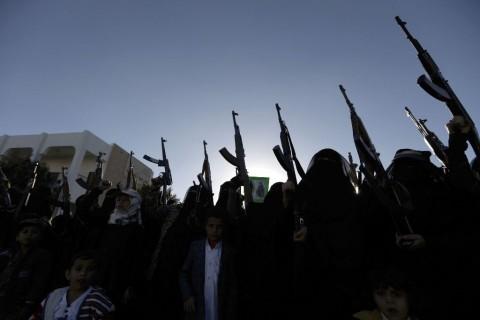 Arab Saudi Serang Kapal Tak Berawak Milik Houthi