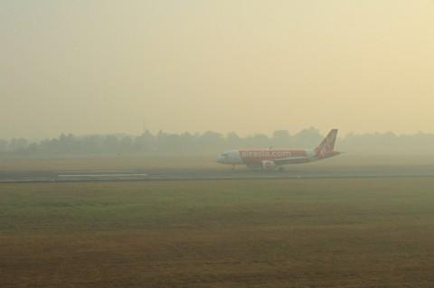 Kabut Asap Ganggu Penerbangan di Natuna