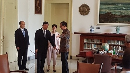 Jokowi Receives Chinese Delegation at Bogor Palace