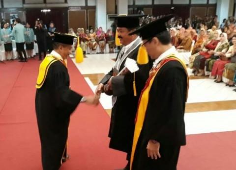 Panglima TNI Raih Gelar Honoris Causa dari UNS