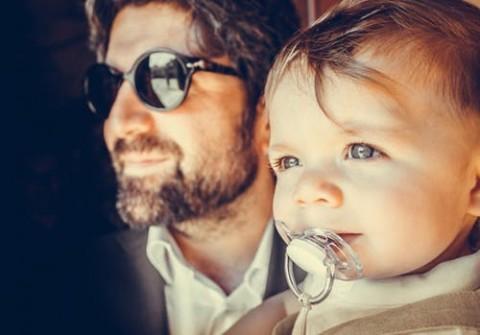 Untung-Rugi Kebiasaan Mengempeng pada Bayi